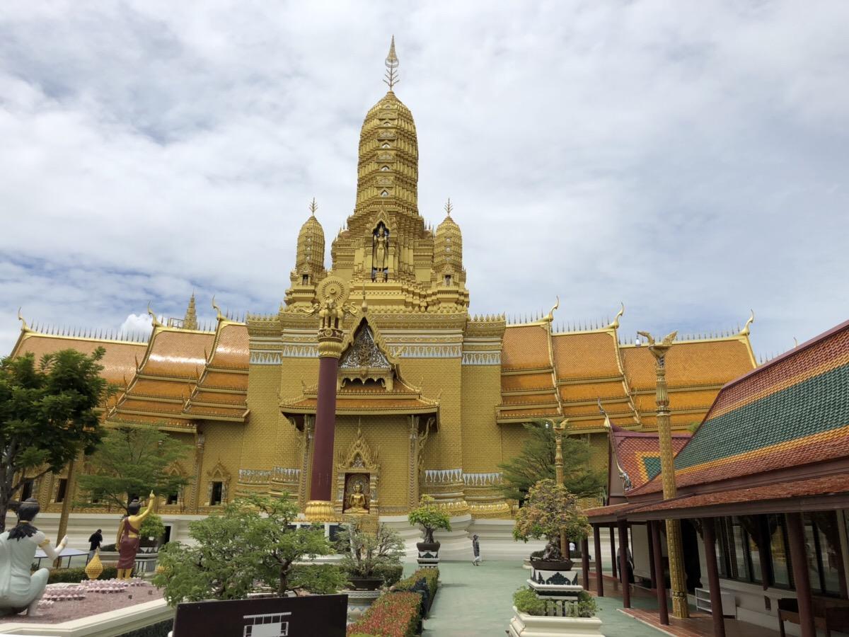 タイ大好きブロガーH