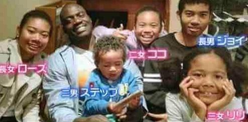 ボビーオロゴン・妻(キョウコ・コンダ)との間に5人の子供