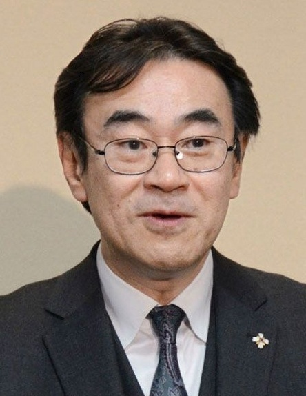 黒川検事長賭け麻雀で辞職は?産経新聞と朝日新聞記者は誰で名前は?